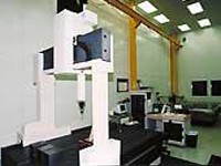 20'-0 in high metrology laboratory